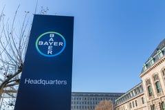 Леверкузен, северная Рейн-Вестфалия/Германия - 23 11 18: штабы Bayer в Леверкузене Германии стоковые изображения rf