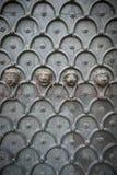 Лев возглавляет дверь Венецию Италию собора Стоковое Изображение
