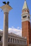 Лев колокольни St Mark и St Mark колокольня St Стоковое Фото