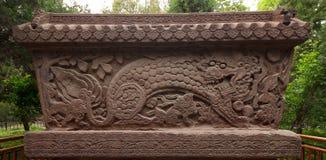 Лев на железной стене Стоковая Фотография