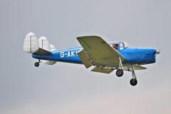 Легкое воздушное судно на подходе к посадки Стоковое Изображение RF