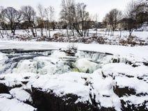 Ледистый, река на падениях Paterson, Нью-Джерси Snowy Passaic Стоковая Фотография