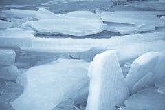 Ледниковые щиты на озере Стоковые Фото