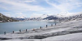 ледник hiking Норвегия стоковые изображения rf