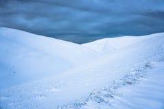 Ледовитая пустыня, где она кончается на северной Стоковая Фотография RF