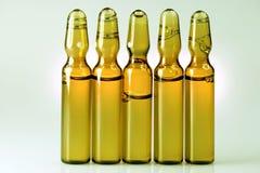 Лекарства или витамины в пробирке Стоковое Фото