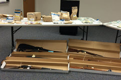 Лекарства, оружи и доказательство стоковое фото rf