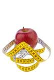 лента измерения диетпитания яблока успешная стоковые изображения