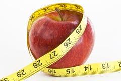 лента измерения яблока Стоковые Изображения RF