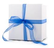 Лента смычка бумаги упаковки белой коробки голубая Стоковая Фотография