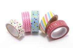 Лента Washi, высокомарочная лента для маскировки сделанная из рисовой бумаги, изолированный на белой предпосылке. Стоковые Фотографии RF