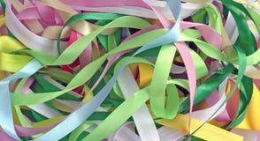 Ленты сатинировки предпосылки других цветов Стоковое Фото