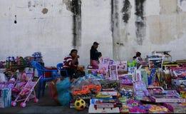 Леон, Никарагуа 23-ье декабря 2017: Рынок собора Леона Стоковое Изображение RF
