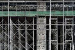 Леса конструкции высотного здания стоковая фотография