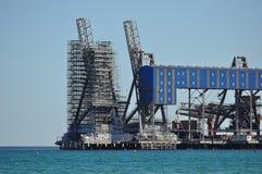 Леса на морской строительной площадке Стоковая Фотография RF