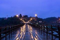 Лесистый мост в Sangkhlaburi Стоковое фото RF