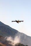 Лесной пожар бой стоковая фотография rf