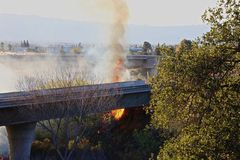 Лесной пожар Калифорния стоковые изображения