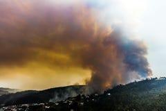 Лесной пожар около Коимбры, Португалии стоковая фотография
