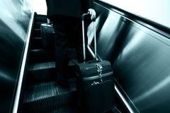лестница бизнесменов moving Стоковое Фото