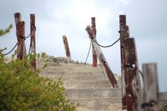 Лестница вверх по скале Стоковое Изображение