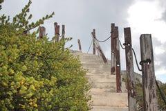 Лестница вверх по скале Стоковые Фото