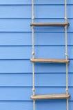 Лестница веревочки стоковые фото