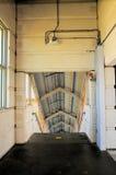 Лестница в вокзале в южной Флориде Стоковые Фото