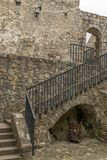 Лестница в замке стоковое изображение rf