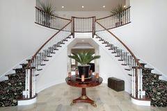лестница двойного фойе самомоднейшая Стоковое Изображение RF
