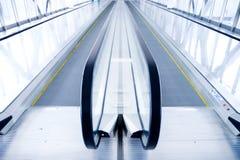 лестница делового центра самомоднейшая moving Стоковые Изображения RF