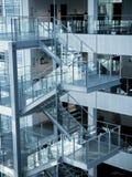 Лестница, деталь архитектуры современного офиса Стоковое Изображение