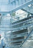 Лестница, деталь архитектуры современного офиса Стоковое Фото
