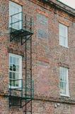 Лестница избежания на кирпичном здании Стоковое фото RF