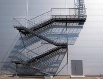 Лестница и стена Стоковые Изображения RF