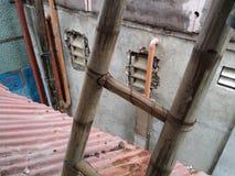 Лестница крыши стоковые изображения rf