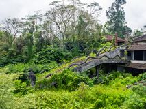 Лестница получившейся отказ гостиницы в Бали стоковое изображение