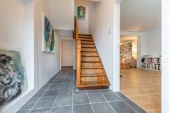 Лестница с взглядом к прожитию Стоковые Изображения RF