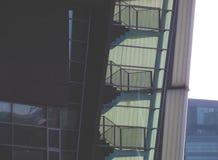 Лестницы внутрь стоковая фотография