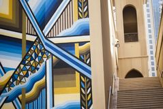 Лестницы в заднем переулке в Дубай Стоковое фото RF