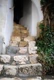 Лестницы в исторических отрубях замка музея Стоковая Фотография RF