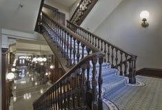 лестницы здания суда здания исторические стоковые изображения rf