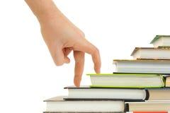 лестницы руки книги Стоковые Фотографии RF