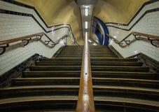Лестницы станции метро Лондона Стоковые Изображения