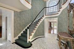 лестницы фойе зеленые Стоковая Фотография RF