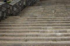 Лестницы фото каменные лестницы вверх стоковые фотографии rf
