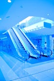 лестницы эскалатора moving Стоковое Изображение