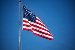 Летание американского флага Стоковые Фотографии RF