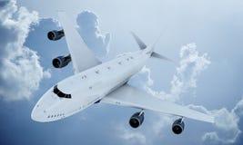 Летание белого самолета в небе и облаках Самолет Боинг 747 стоковые изображения rf