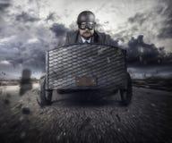 Летание бизнесмена с деревянным самолетом игрушки стоковое изображение